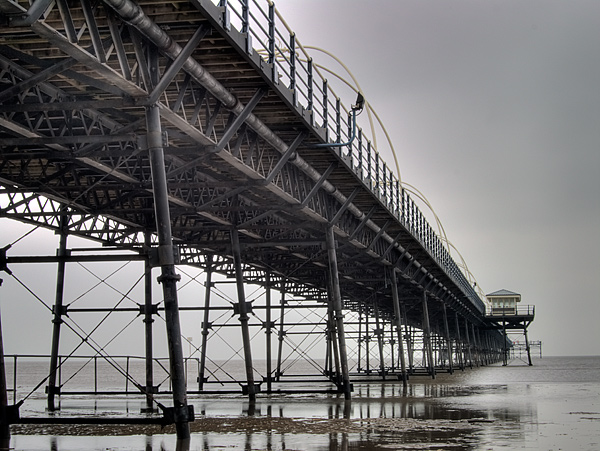 Southport Pier, Below